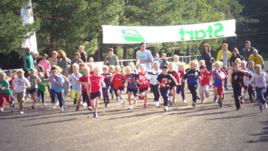 Start der Jüngsten beim Kalber Herbstcrosslauf