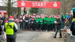 Start der Nordic Walker beim Glühweinlauf Marienhagen