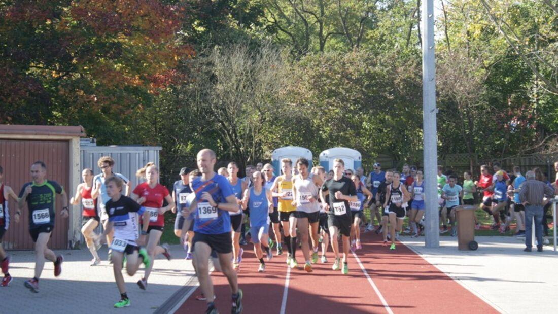 Start des Herbstlaufes in Feudenheim