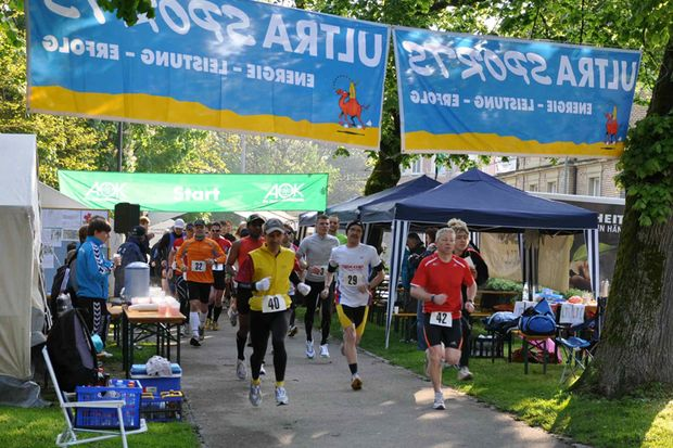 Start zum 12-Stunden-Lauf in Schwäbisch Gmünd