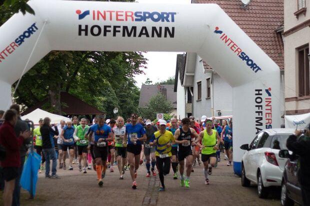 Start zum Fidelitas Nachtlauf Karlsruhe