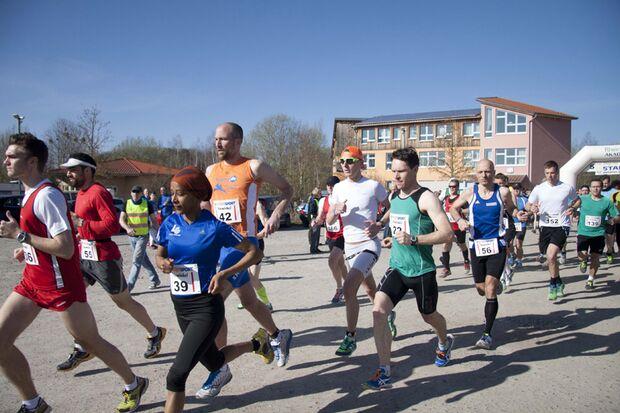 Start zum Halbmarathon rund um den Donatussee