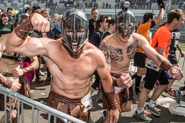 StrongmanRun 2015 Teilnehmer in Verkleidung