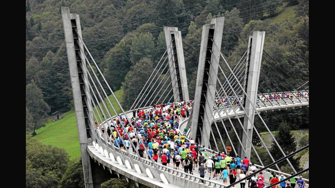 Swiss Alpine-Marathon: Start K21 auf der Sunnibergbrücke