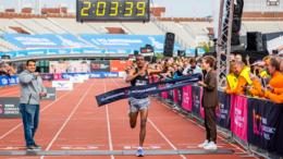 Tola Tamirat beim Dubai-Marathon 2017