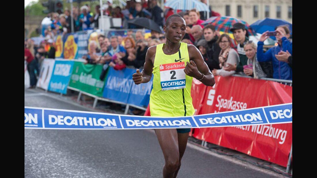 Weltjahresbestzeit über 10 km: Japhet Korir läuft in Würzburg 27:47 Minuten