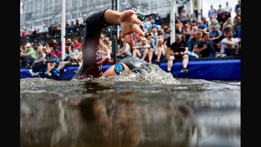 World Triathlon Hamburg 2017 Schwimmstart