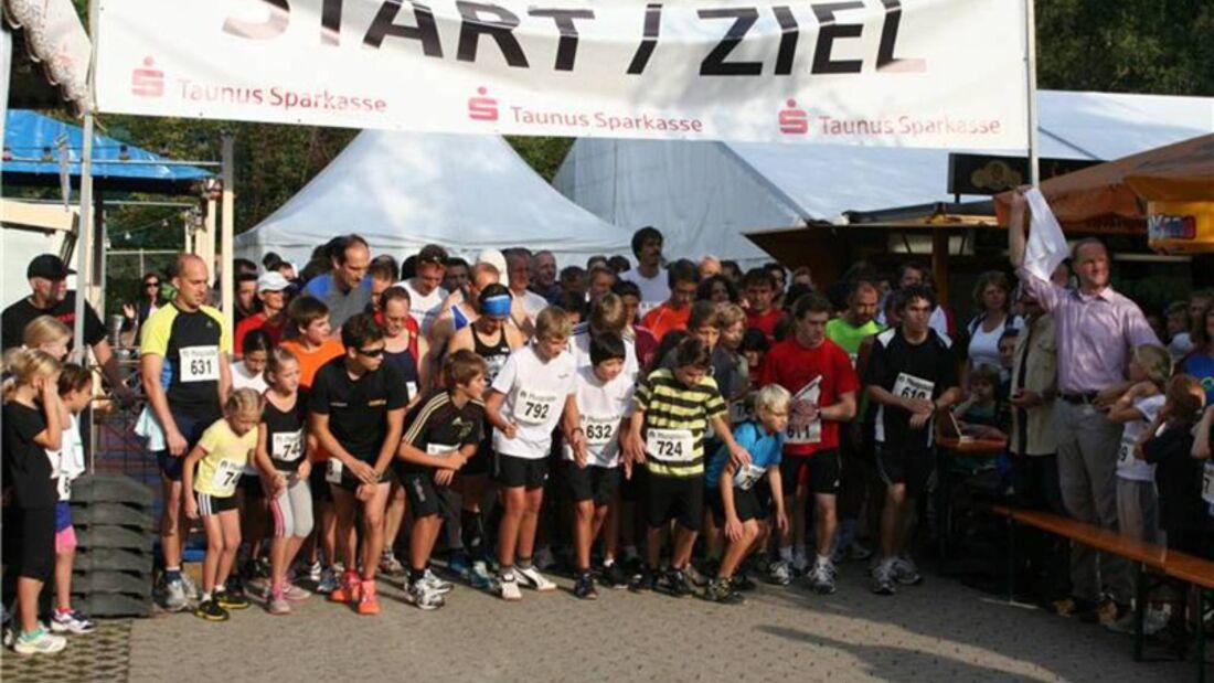 Wuzzelauf Bad Soden-Altenhain Start