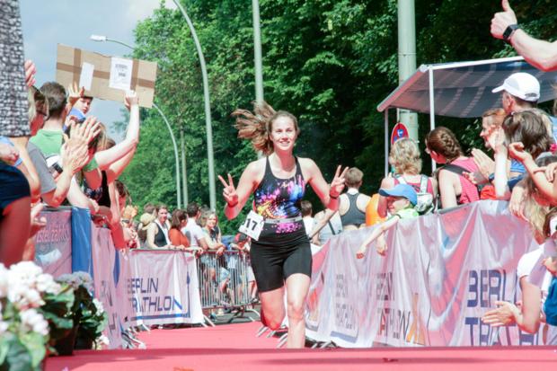 Zieleinlauf beim Berlin Triathlon
