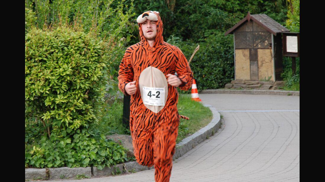 Zoolauf Duisburg 2015 Läufer verkleiden sich