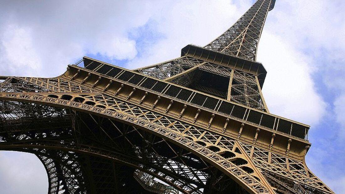 landmark--Paris--Eiffelturm