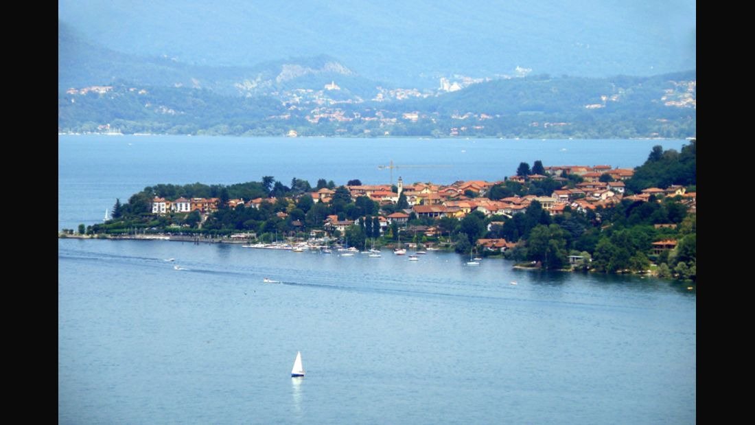 landmark--Ranco--Lago Maggiore